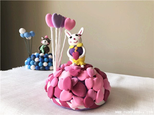 陶艺diy店粘土作品粉色桃心兔子